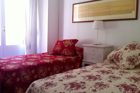 Beautiful double room downtown
