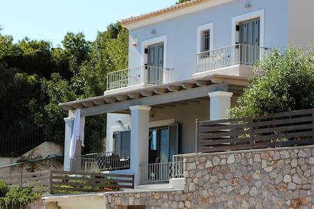 Porto Heli Villas - Aghios Emilianos