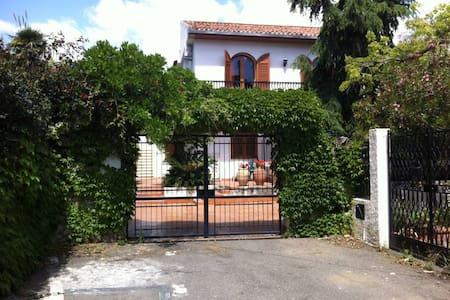 Appartamento Villa Giardini Naxos - Giardini Naxos