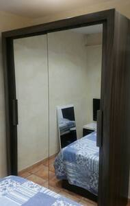 Doble room, pool,parking,beach. - Castelldefels - Apartment