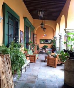 @3 blocks from main square (Zocalo) - Oaxaca - Apartment