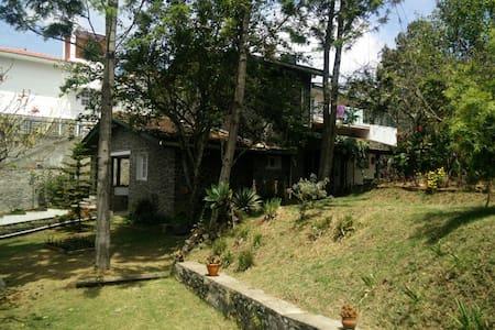 Cosy home with a sunny garden - Kodaikanal