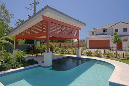 Drift - Luxurious 3 Bedroom Villa  - Byron Bay