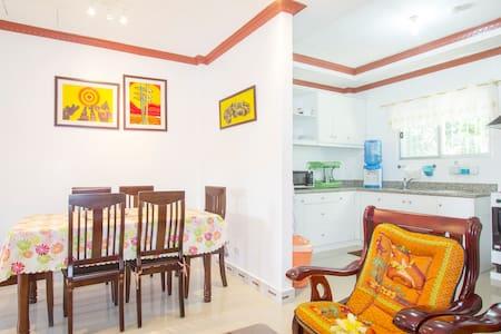 Lovely Apartment at Balamban Cebu - Balamban, Cebu City - Lägenhet