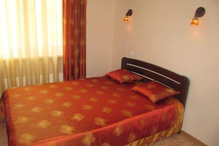 Уютная квартира-студия в новом доме - Appartement