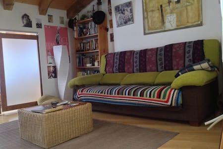 Apartamento casco viejo Pamplona - Huoneisto