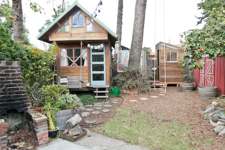 Berkeley Backyard Tiny Home