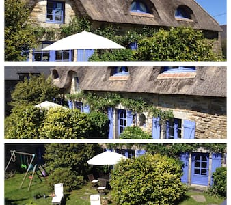 Pont-Aven: thatched-roof house  - Pont-Aven - House