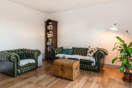 Spare room for spare bodies