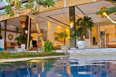 "VILLA POLLY ""Best budget villa""2016 PROMO - North Kuta"