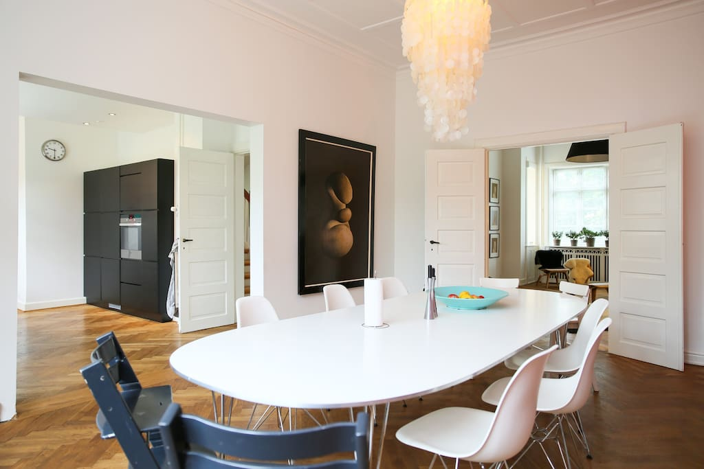 Dining and kitchen in one