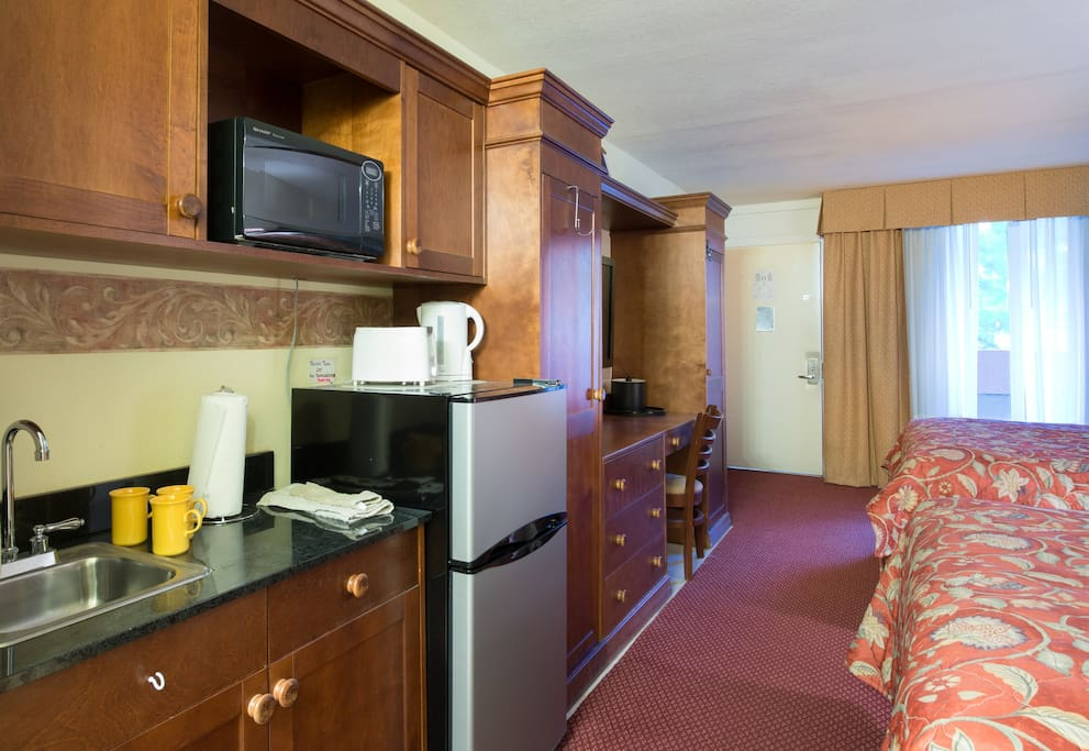 Hotel Studio Suite CLOSE to DISNEY