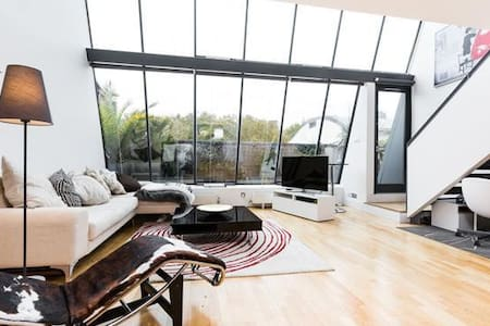 80SqM Penthouse, Breathtaking Space - London - Loft