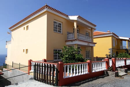 Junonia CA - im sonnensicheren Playa Santiago - Apartmen