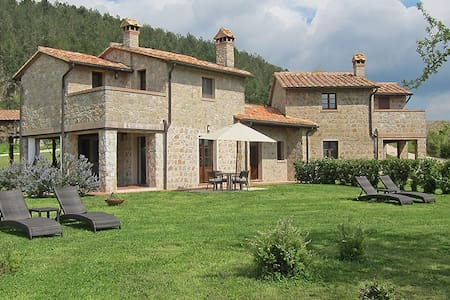 Under the Tuscan Sun - Roccalbegna - House