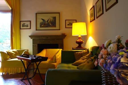 Medieval apartment in Chianti - Barberino Val d'Elsa - Rumah