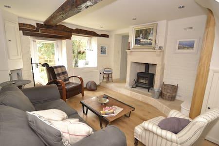 NEW! Luxurious 3 bed cottage near Bath - Bradford-on-Avon - Casa