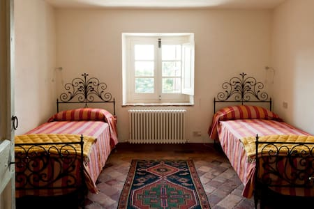 quattro ospiti nel castello - Rocca Grimalda - Apartment