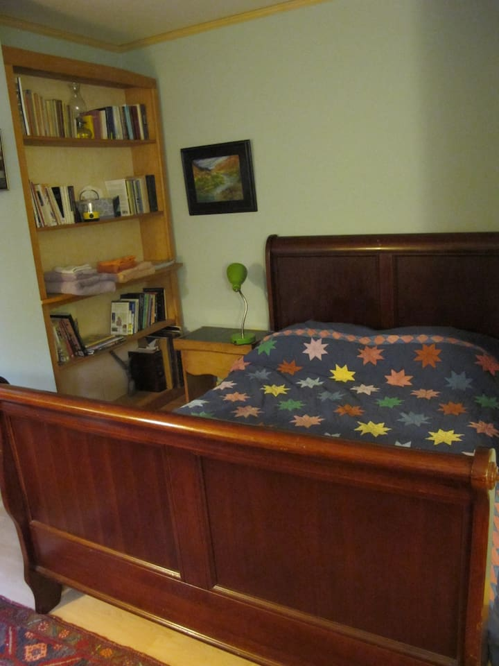 Cozy Sleigh Bed