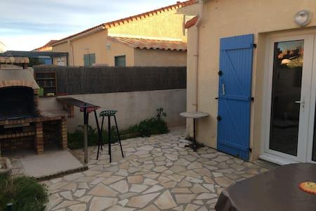 Jolie Maisonnette Piscine et Mer - Vic-la-Gardiole - House