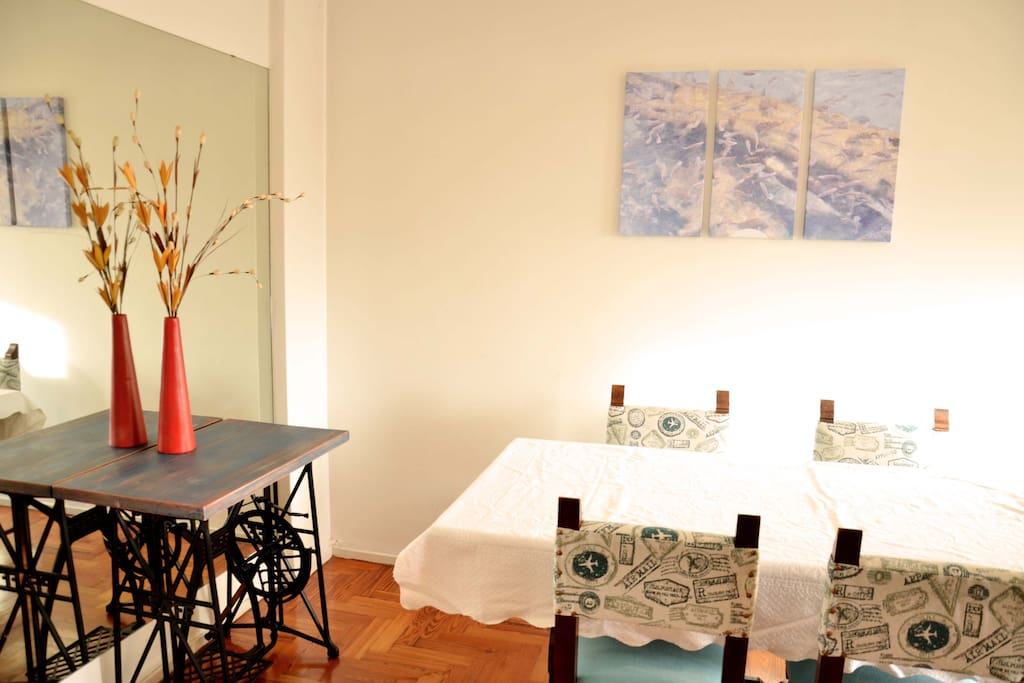 Colorful Dining-room