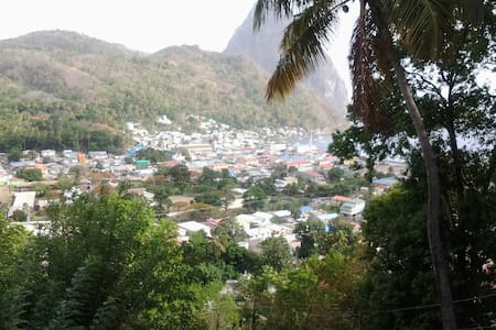 Piton view guest house - Bed & Breakfast