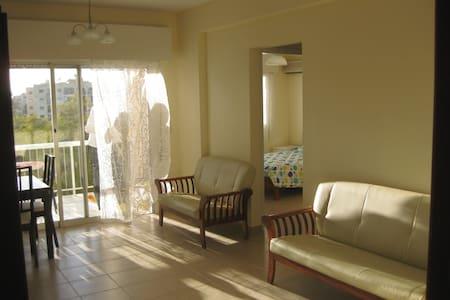 Lovely flat on Mediterranean beach  - Limassol - Appartement