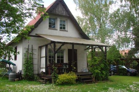 Rustic lakehouse in Nowa Wieś - Nowa Wieś Ostródzka - Maison