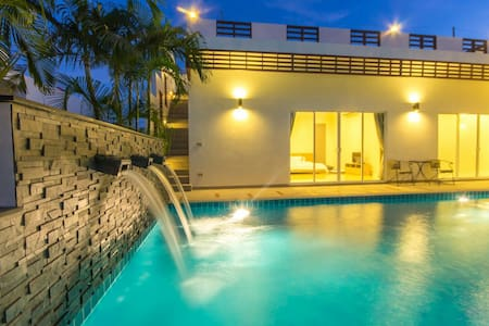 Luxury house in Hua Hin - Tambon Nong Kae - Villa