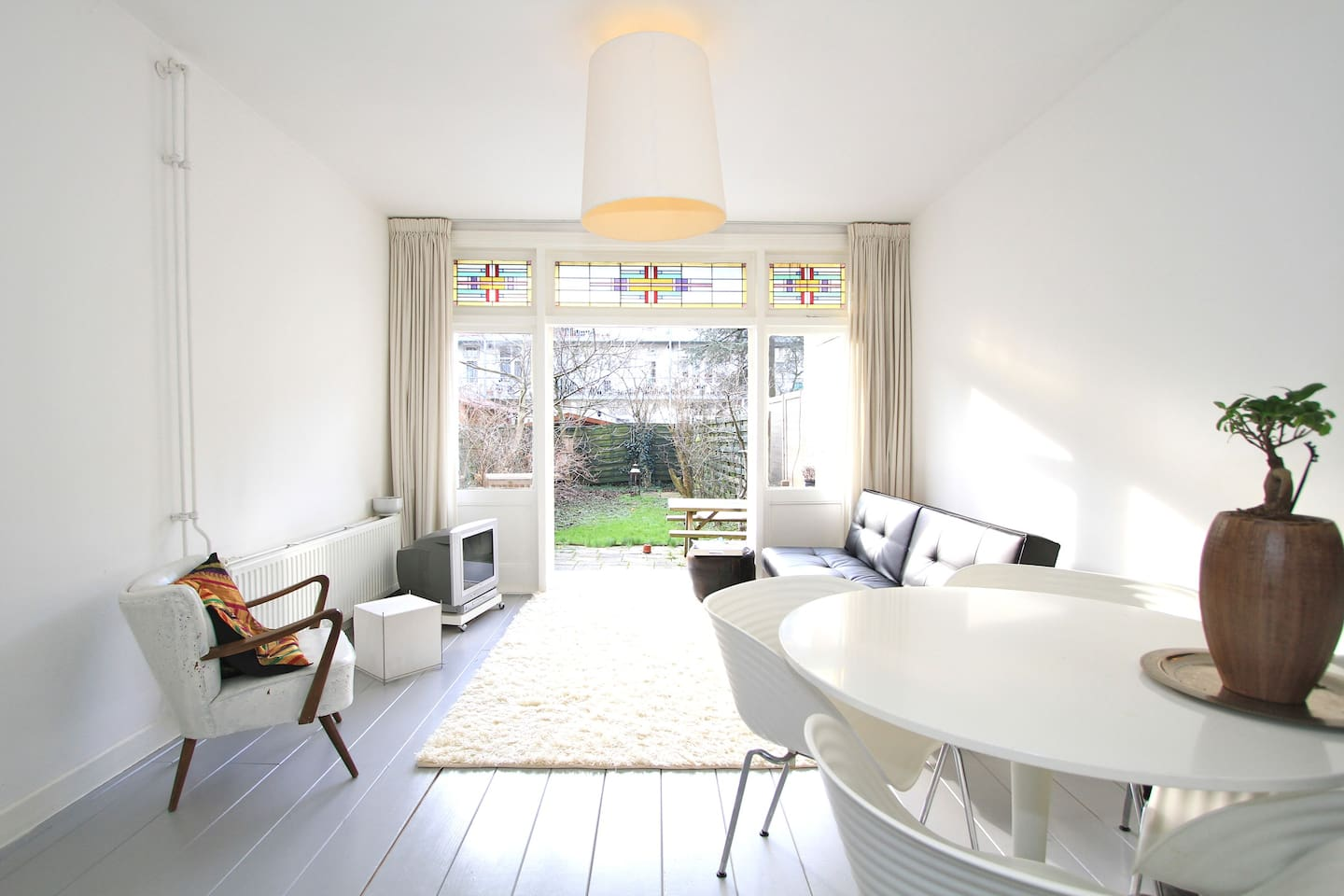 Nice sunny apartment with Garden!