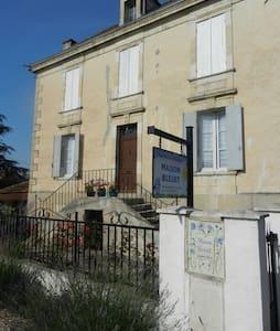Maison Bleuet explore hidden France - Casa