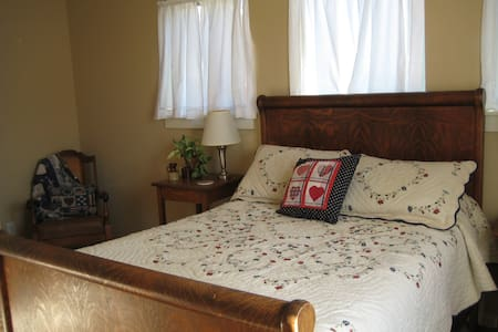 Cozy Double Bed, Very Clean Space