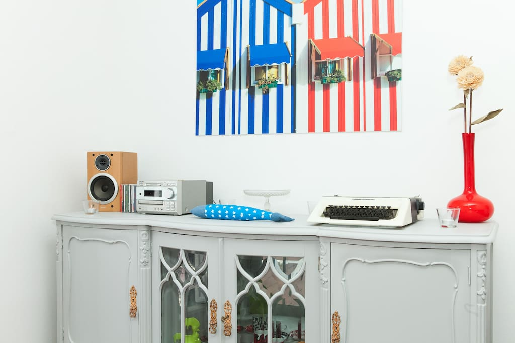 A cabinet with a sound system to listen some Portuguese music