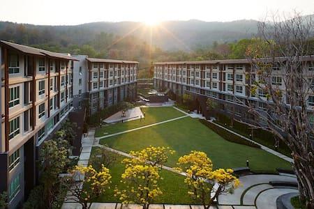 Cheap luxury room near University - Amphoe Mueang Chiang Mai - 公寓