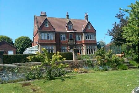 Red House - Robin Hoods Bay - North Yorkshire - Apartment
