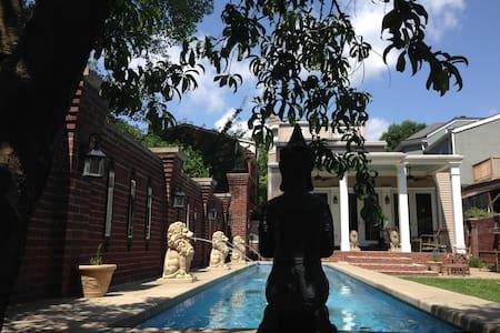 Enchanting Luxurious Spa Oasis