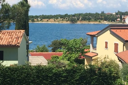Dajla, beside the sea! 1 min walk! - Novigrad - Apartemen