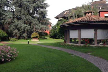 Luxury, Milan, Expo2015 FieraMiCity