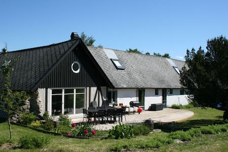 Charming Country House in Skåne - Huis