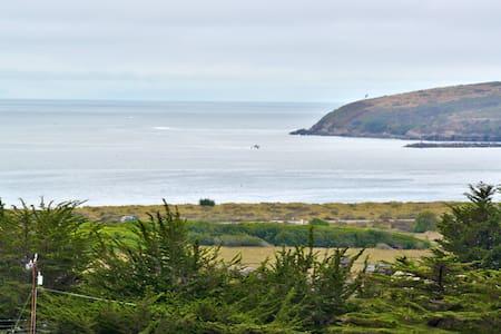 Starboard Cottage - Bodega Bay - House