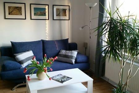 Die blaue Wohnung auf Hof Heideland - Apartment