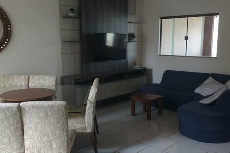 Quarto 1 cama proximo a UFMS - Casa