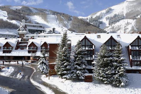Ski In/Out Studio base of Park City - Park City - Condominium