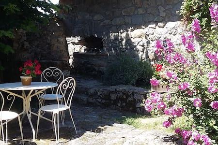 Garden Annexe, Le Pre Vert - Penzion (B&B)