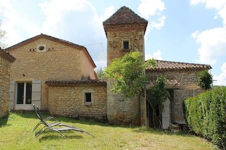 Moulin dans le Périgord - Sauveterre-la-Lémance