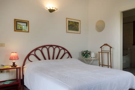 B&B - double room and bathroom - Bed & Breakfast