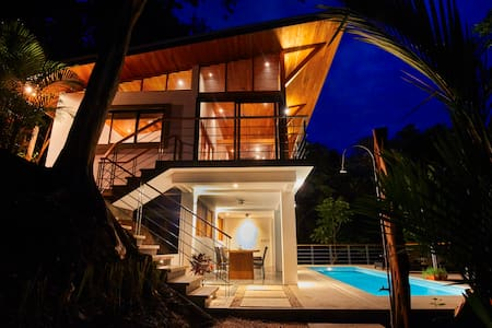 New Canopy Villa next to Surf and Bodhi Tree Yoga - Villa