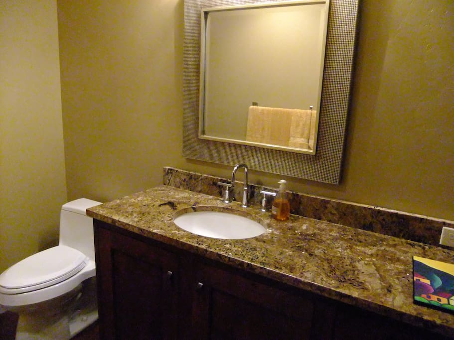 Shared Bathroom (BR #1 & #2)