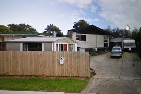 Shab's 3bedroom home - Auckland