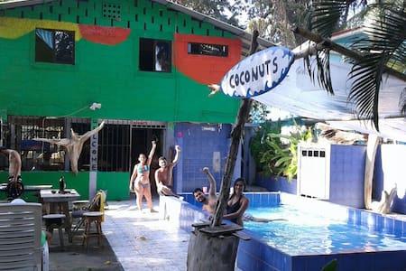Casa de playa en Jacó - Jacó - House
